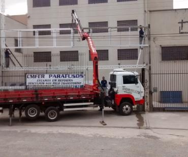 Confecção e instalação de estruturas metálica. -